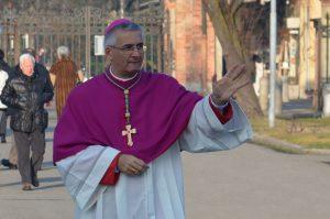 vescovo-turisti